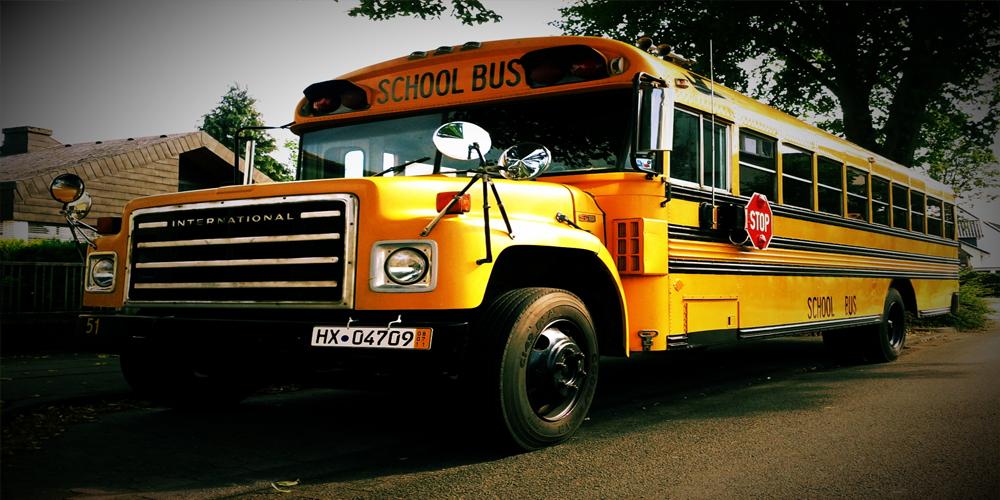 Now Hiring Bus Drivers